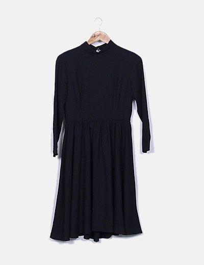 Vestido midi negro manga larga
