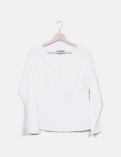 Blusa cruda detalles plisados