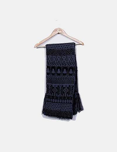 Bufanda negra y gris con flecos