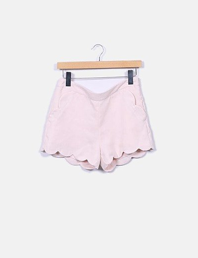 Short rosa con bolsillos