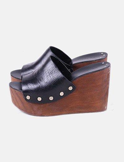 Sapatos de cunha Zara