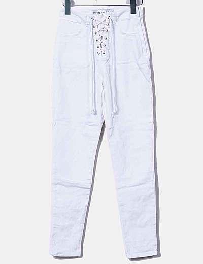 Jeans denim blanco cordón