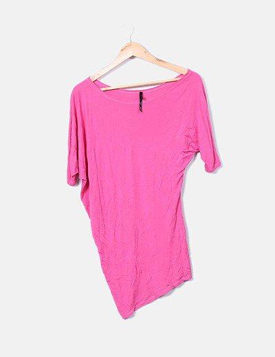Camiseta asimétrica rosa