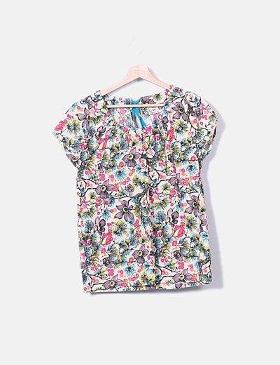 Conjunto blusa y pantalón estampado floral