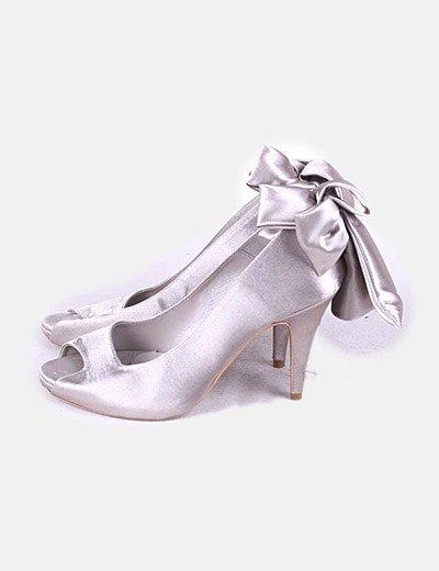 Sapatos de tacão yacare