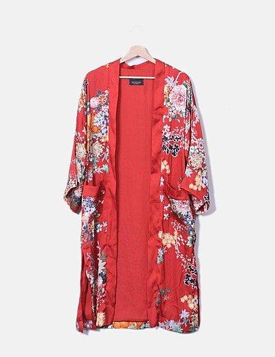 Kimono largo satén rojo floral