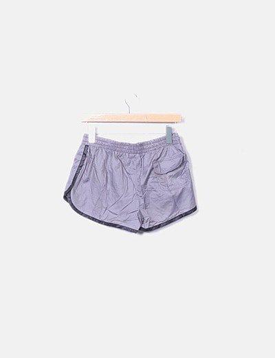 Shorts deportivo gris