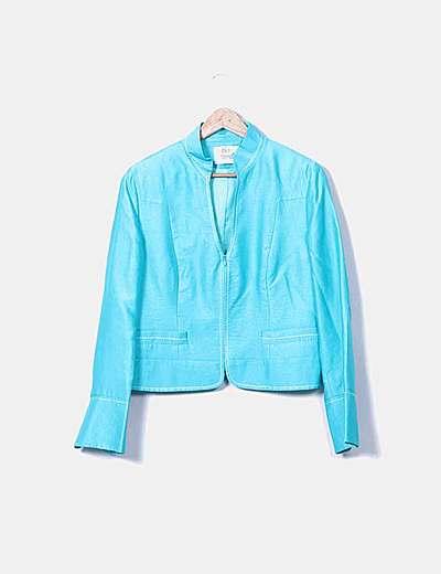 Conjunto chaqueta y falda midi
