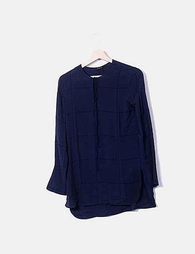 Blusa azul marina de gasa