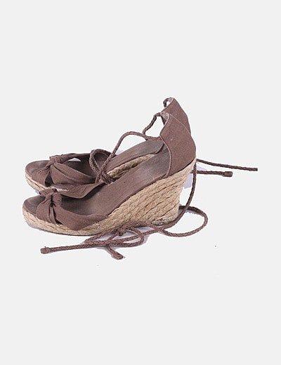 Sandalias cuña lace up marrón
