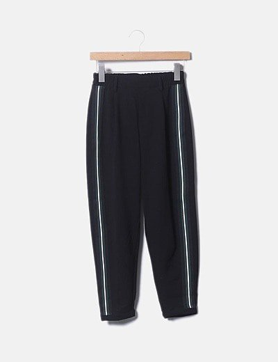 Pantalón baggy negro franja sport verde