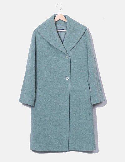 Abrigo verde de paño largo