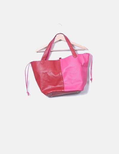 Teria Yabar shoulder bag
