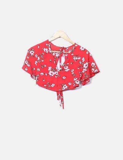 Conjunto de top y falda rojo floral