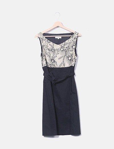 Vestido combinado con cinto