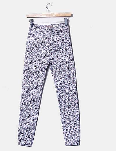 Pantalón pitillo con print floral