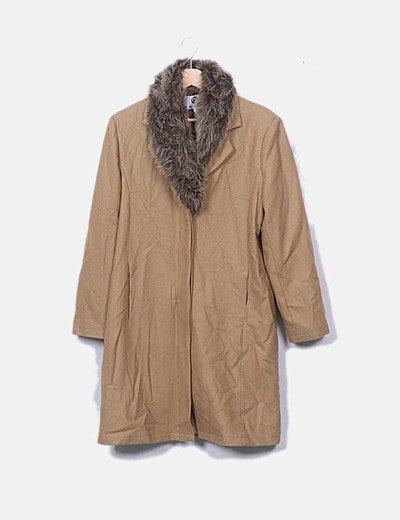 Abrigo camel con pelo