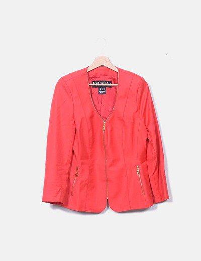Traje chaqueta y falda rojo