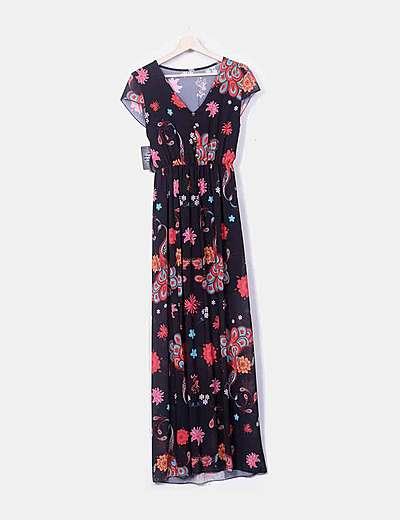 Maxi vestido negro floral con abertura
