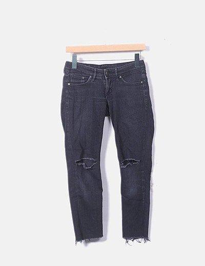 Jeans denim pitillo negro ripped