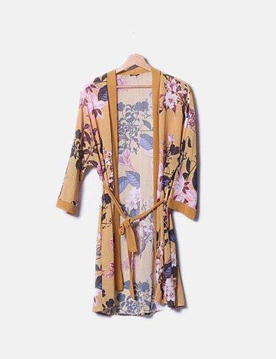 Kimono floral mostaza
