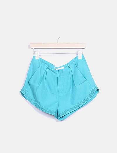 Short verde bordado