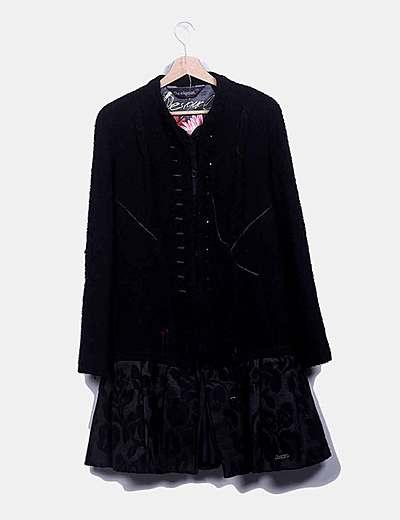 Abrigo borrego negro bordado