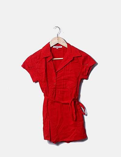 Camisa roja de manga corta