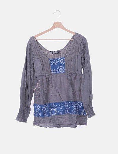 Blusa combinada gris