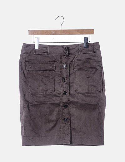 Falda midi marrón abotonada