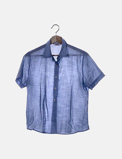Camisa azul de manga corta