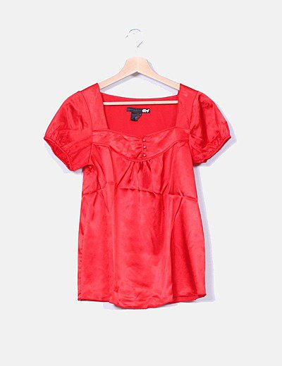 Blusa roja satinada