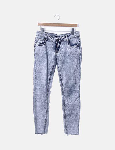 Pantaloni a sigaretta Amisu