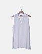 Blusa blanca sin mangas escote en pico Primark