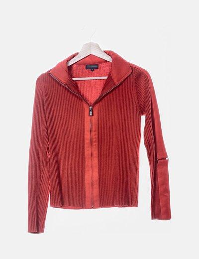 Chaqueta tricot roja combinada