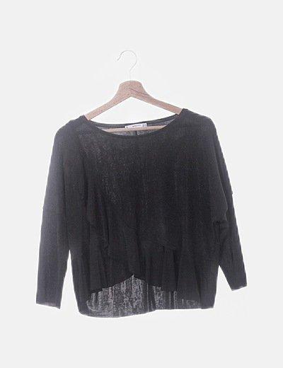 Camiseta negra vuelo lateral