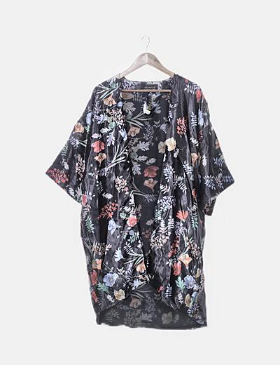 Kimono negro satén floral