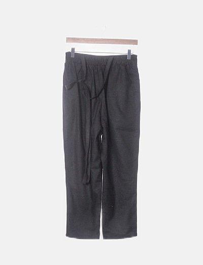 Pantalón negro recto paperbag