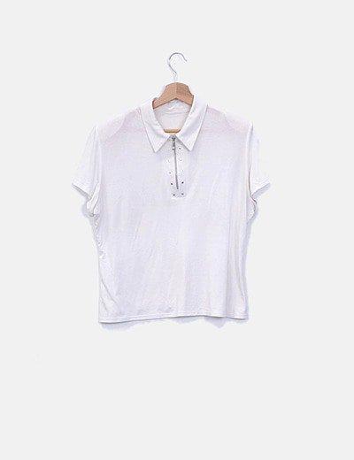 Camiseta blanca con cremallera