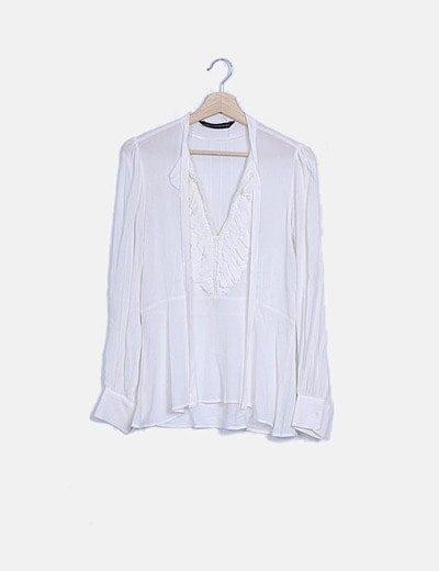 Blusa blanca chorreras
