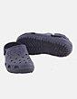 Zapato negro troquelada Crocs