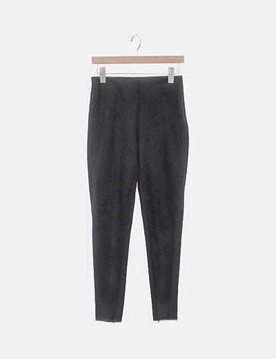 Pantalón negro antelina