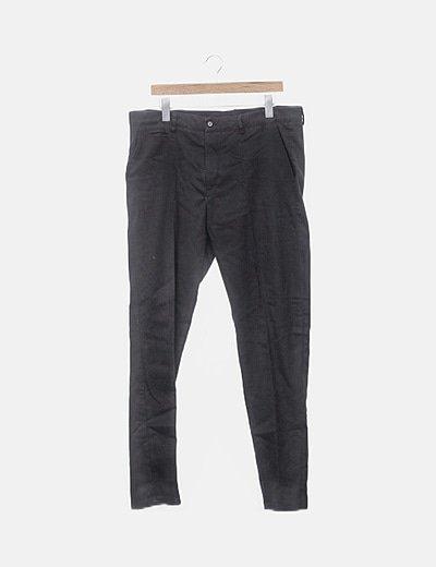 Pantalón negro recto
