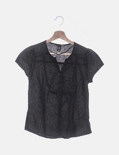 Blusa negra plumetti