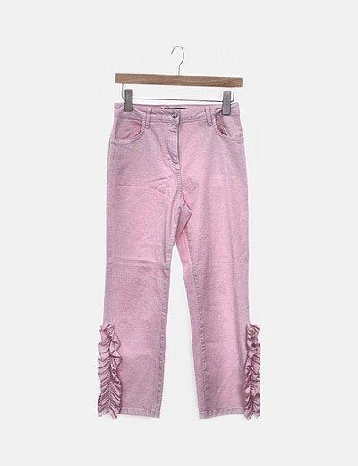 Pantalón pitillo rosa con volantes