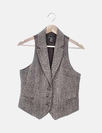 Chaleco tricot jaspeado marrón y beige