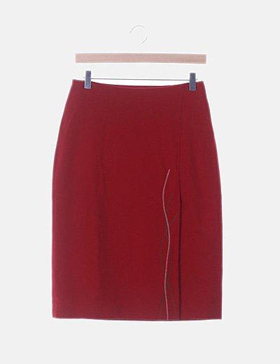Falda midi roja detalle bordado