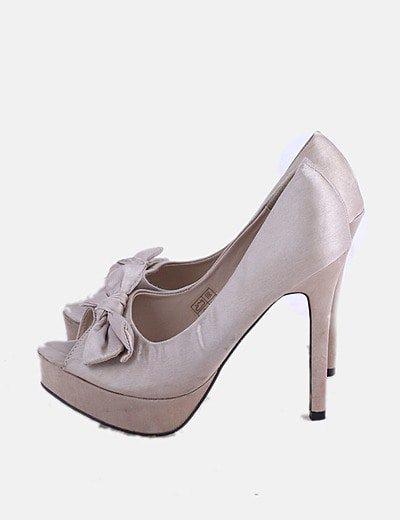 Zapato gold con lazo peep toe