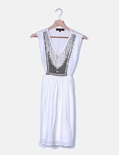 Vestido midi blanco con abalorios