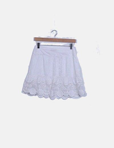 Falda mini blanca combinado crochet